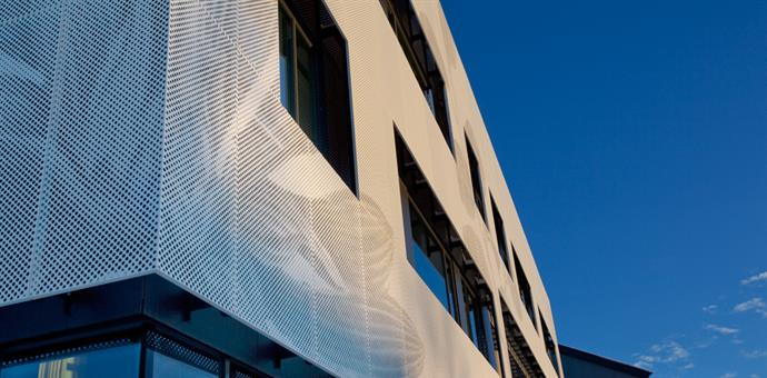 Bildeperforering på fasade