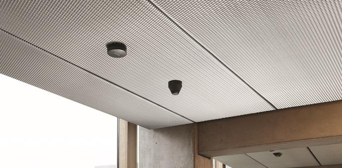 Metal extendido RMIG para techos